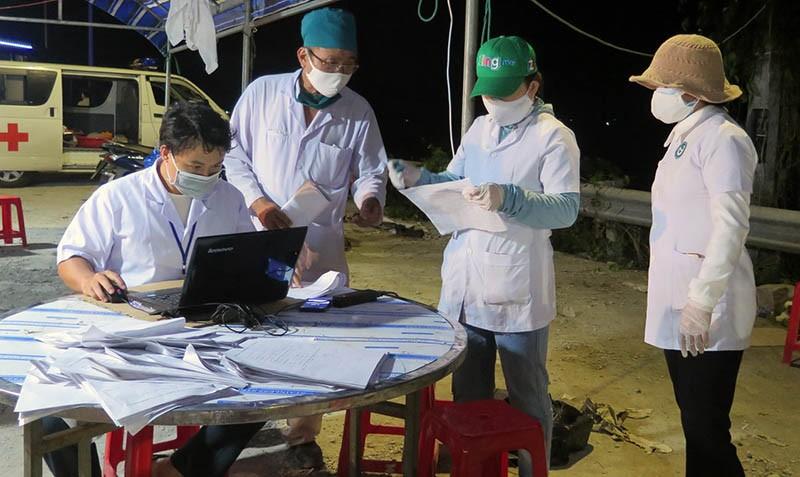 9 người đi tàu cùng bệnh nhân 419 nhưng không khai báo y tế  - ảnh 1