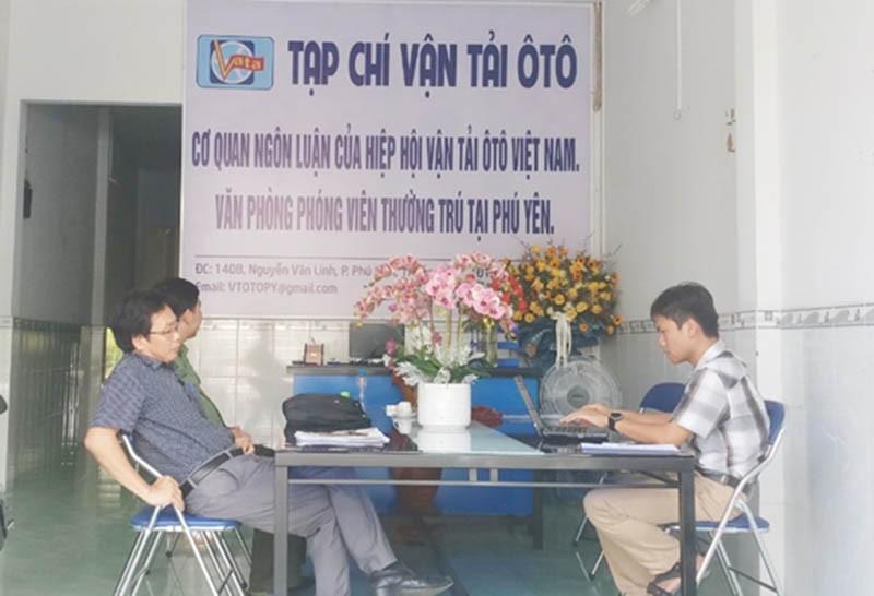 Bị phạt vì tự treo bảng Văn phòng phóng viên thường trú - ảnh 1
