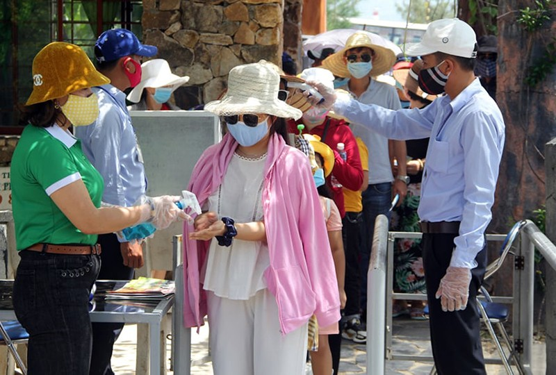 Bình Định, Phú Yên mở lại các điểm tham quan, du lịch - ảnh 2