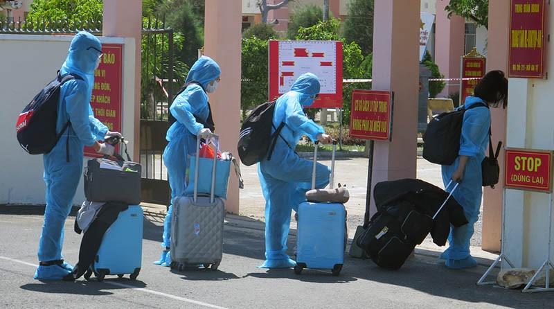 Phú Yên đón, cách ly 339 người Việt Nam về từ Liên bang Nga  - ảnh 1