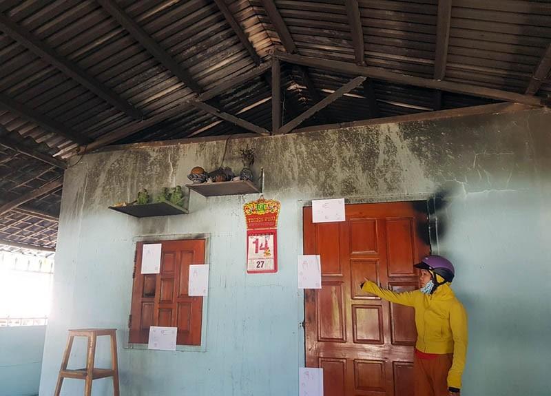 Điều tra vụ cả gia đình bị bỏng nặng nghi do nhà bị đốt - ảnh 1