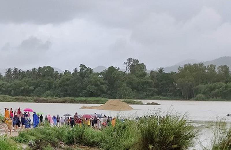 Lũ cuốn mất tích người đi bắt cá ven sông Lại Giang - ảnh 1