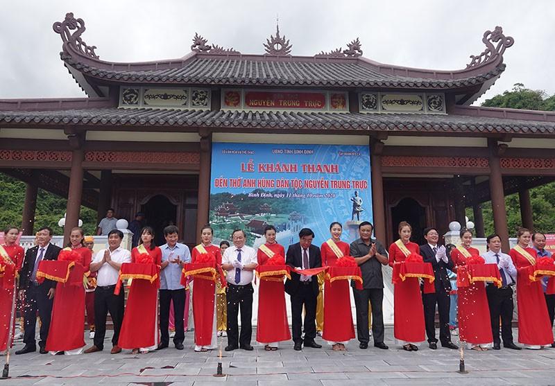 Khánh thành đền thờ anh hùng dân tộc Nguyễn Trung Trực   - ảnh 1