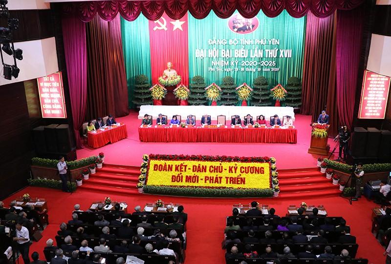 Đại tướng Ngô Xuân Lịch phát biểu chỉ đạo ĐH Đảng bộ Phú Yên - ảnh 1