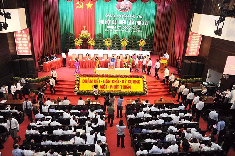 Kết quả bầu Bí thư, Phó bí thư tỉnh ủy Phú Yên nhiệm kỳ mới - ảnh 4