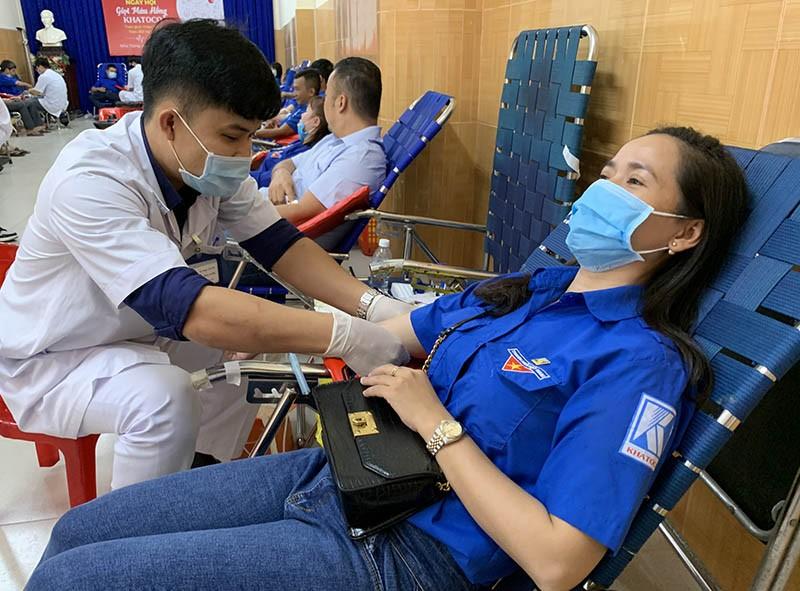 BV Đa khoa Khánh Hòa có máy chụp mạch máu hiện đại 29 tỉ đồng - ảnh 3