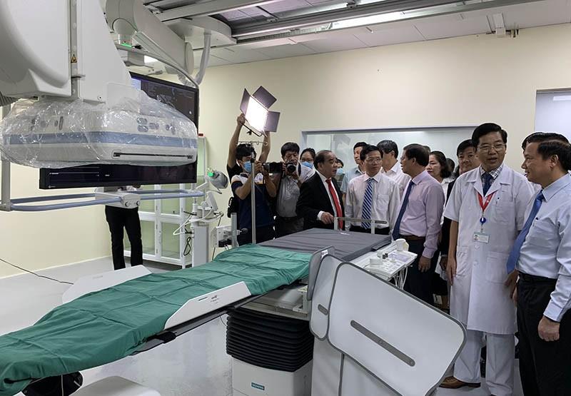 BV Đa khoa Khánh Hòa có máy chụp mạch máu hiện đại 29 tỉ đồng - ảnh 1