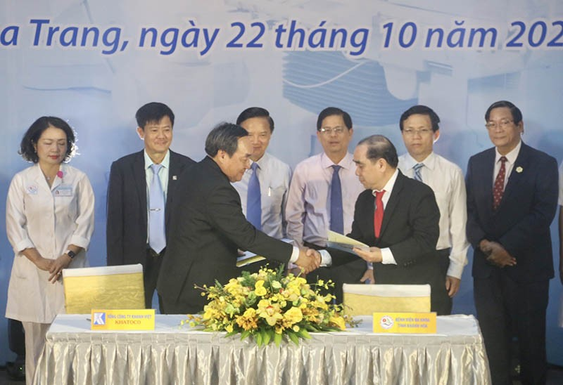 BV Đa khoa Khánh Hòa có máy chụp mạch máu hiện đại 29 tỉ đồng - ảnh 2