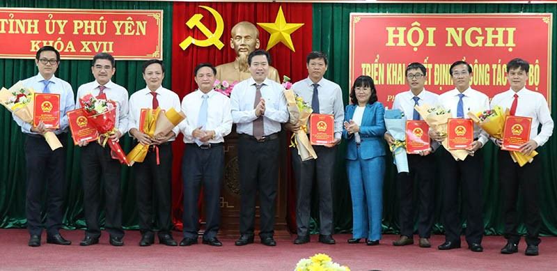 Phú Yên điều động, bổ nhiệm nhiều lãnh đạo chủ chốt - ảnh 2