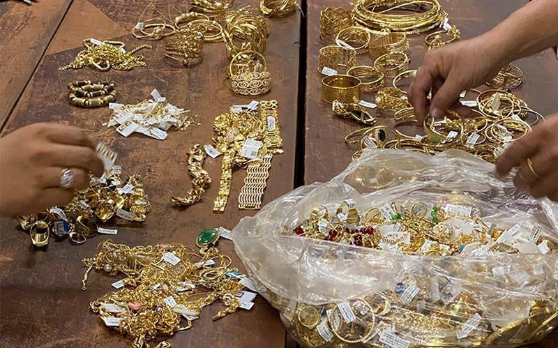 Nghi can đột nhập tiệm vàng lấy 300 lượng đã bị bắt - ảnh 3