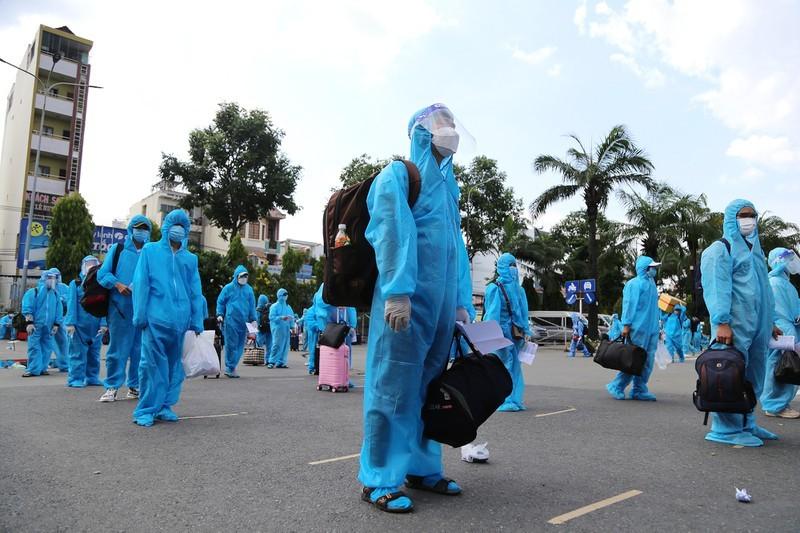 Danh sách 710 người dân Phú Yên tại TP.HCM được đón về quê đợt 12 - ảnh 1