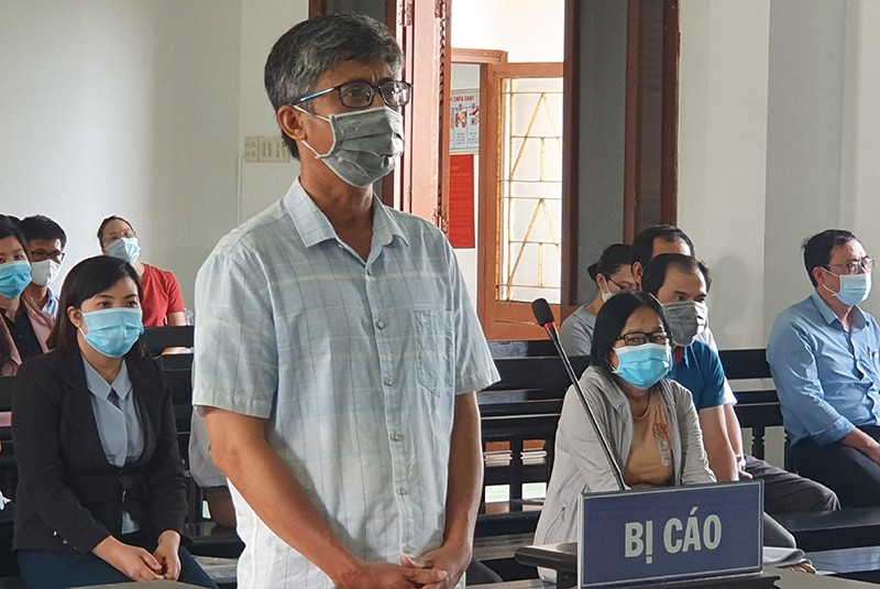 18 quan chức, cán bộ vụ lộ đề thi công chức ở Phú Yên hầu tòa  - ảnh 5