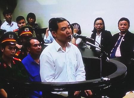 Dương Chí Dũng vẫn được nhận lương trong 2 năm ngồi tù - ảnh 1