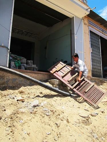 Phú Yên: Tiền đã có nhưng địa phương chậm đền bù - ảnh 2