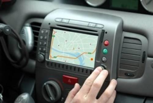 Điện thoại giúp người tham gia giao thông tránh được tắc đường - ảnh 1