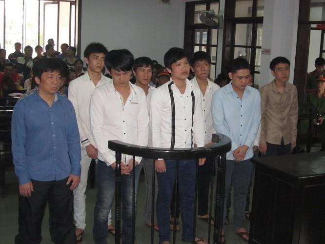 Kết án nhóm côn đồ hành hung Phó GĐ Sở ngay tại nhà riêng - ảnh 1