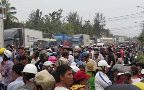 Dân chặn quốc lộ: Vì sao lòng dân vẫn vướng? - ảnh 2