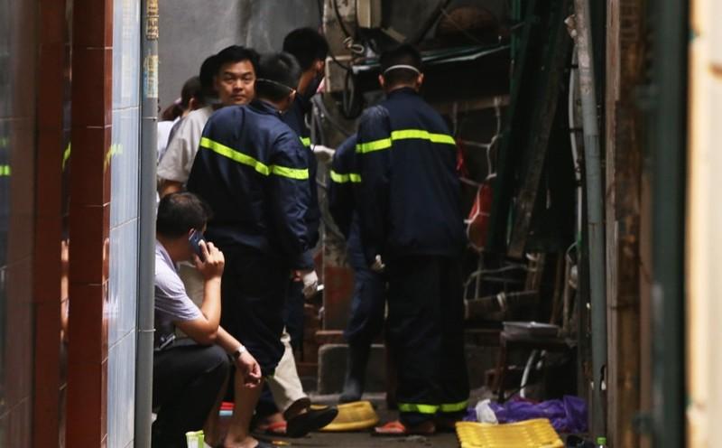 Giây phút sinh tử của gia đình 5 người chết cháy ở Hà Nội - ảnh 3