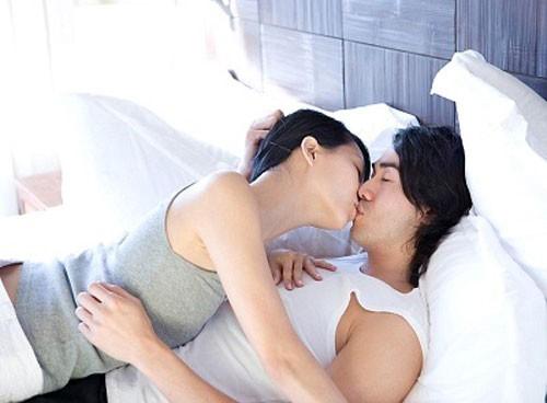 Những thời điểm yêu đương mà mọi cặp đôi đều nên thử - ảnh 1