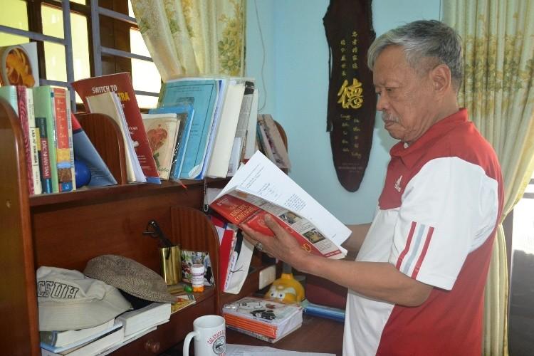 Tốt nghiệp đại học Mỹ, về Việt Nam học tiếp cao học - ảnh 1