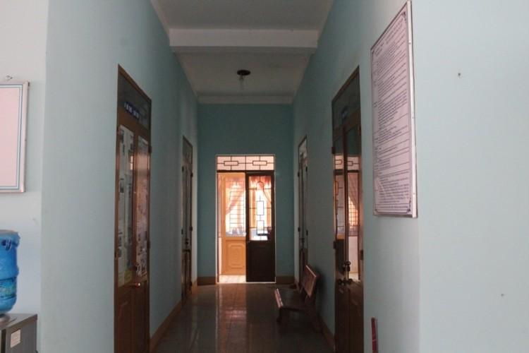 Đắk Nông: Trụ sở xã vắng hơn 'chùa Bà Đanh' sau tết - ảnh 2