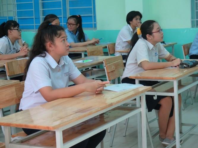 Chùm ảnh ngày thi đầu tiên tuyển sinh lớp 10 tại TP.HCM - ảnh 7