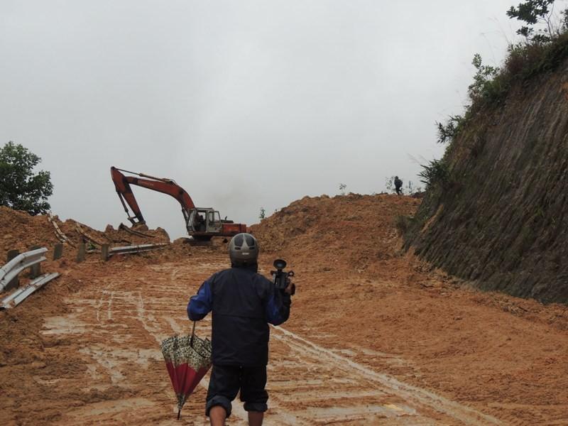 600 hộ dân ở Quảng Ngãi bị cô lập kéo dài - ảnh 2