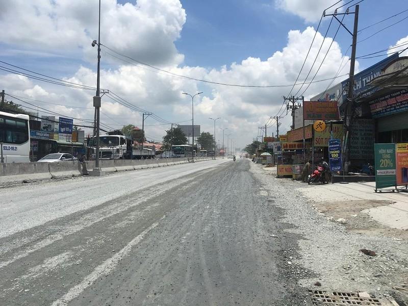 Dân quốc lộ 1A khóc ròng cảnh bụi đường mù mịt - ảnh 9