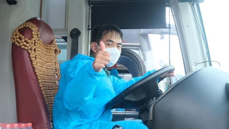 Hơn 2.000 người dân Lâm Đồng được đón về quê - ảnh 12
