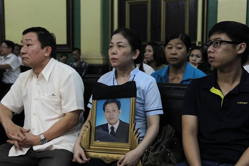 Đang xét xử vụ bị đánh chết sau khi cự cãi CSGT - ảnh 3