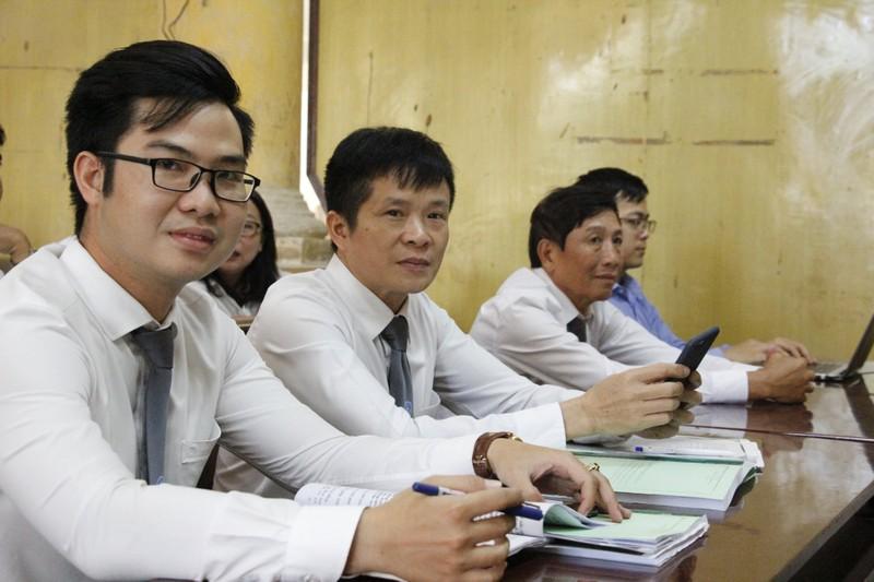 Vụ Vũ 'nhôm': Tất cả luật sư đều mặc đồng phục đúng quy định  - ảnh 3
