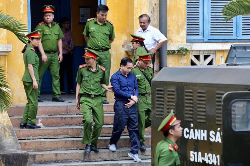 Tuyên án: Trần Phương Bình chung thân, Vũ 'nhôm' 17 năm tù - ảnh 7