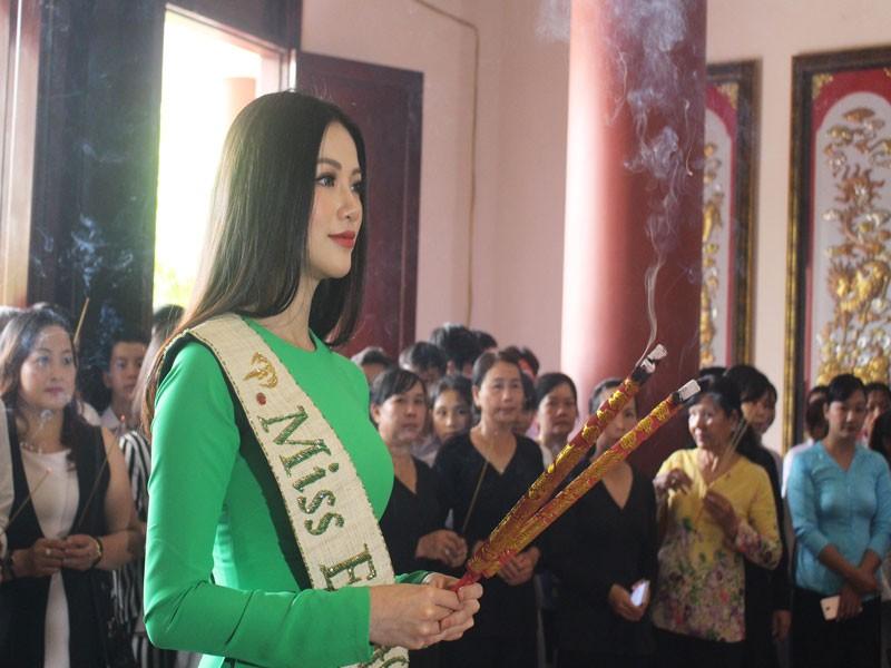 Hoa hậu Phương Khánh về thăm quê nhà Bến Tre - ảnh 6