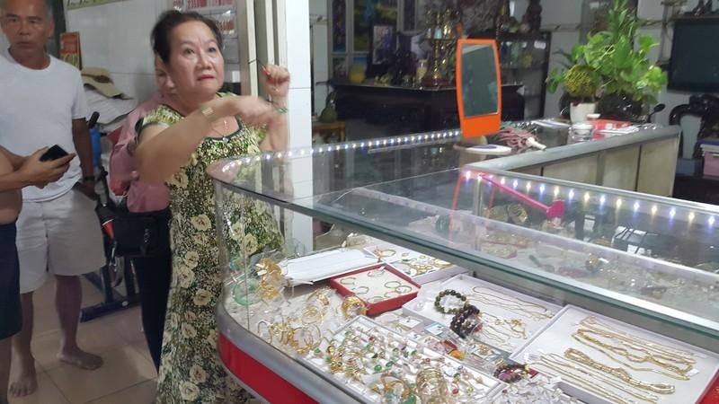 1 tiệm vàng ở Long An bị cướp - ảnh 1