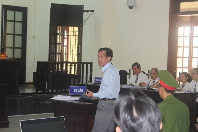 Cựu luật sư Trần Hữu Kiển bị phạt 12 năm tù      - ảnh 2