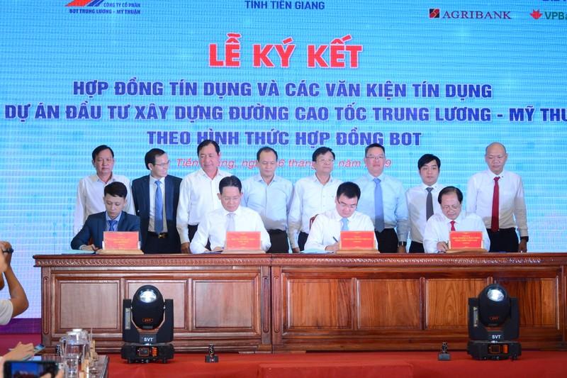 4 ngân hàng cấp 6.686 tỉ cho cao tốc Trung Lương-Mỹ Thuận - ảnh 1