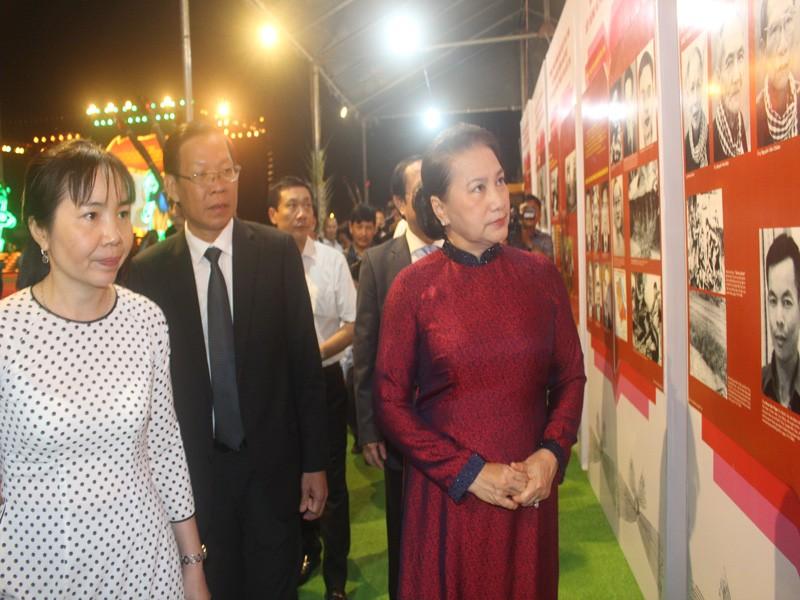 Chủ tịch Quốc hội dự Lễ kỷ niệm 60 năm Bến Tre Đồng Khởi   - ảnh 1