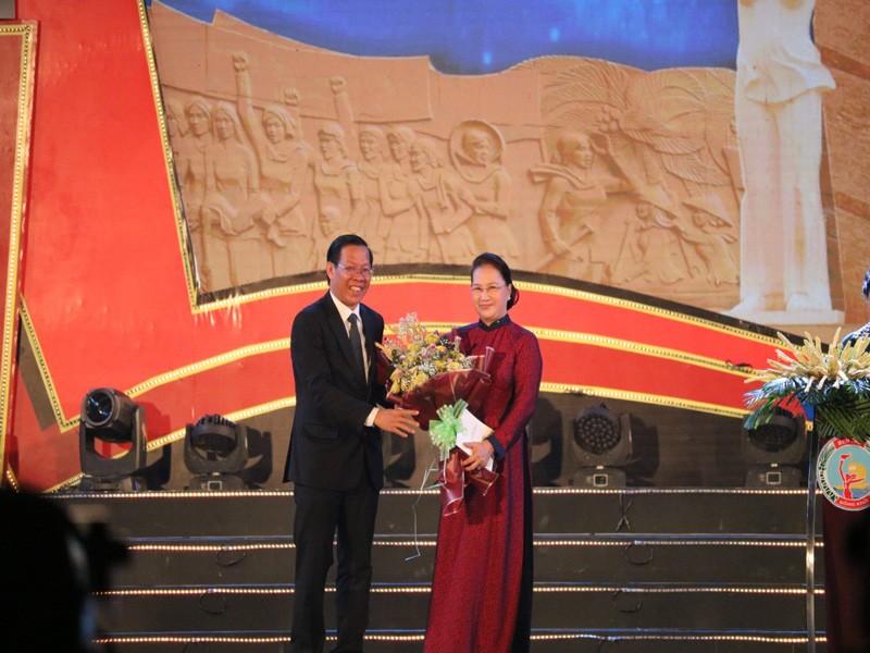 Chủ tịch Quốc hội dự Lễ kỷ niệm 60 năm Bến Tre Đồng Khởi   - ảnh 3