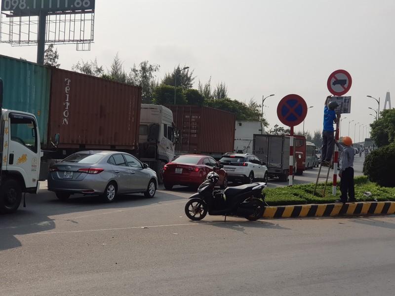Chính thức cấm xe tải 3 trục trở lên qua cầu Rạch Miễu dịp tết - ảnh 1