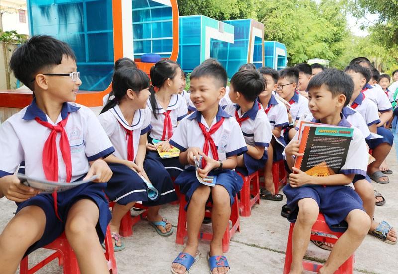 Nhiều tỉnh miền Tây cho học sinh nghỉ 1 tuần phòng dịch Corona - ảnh 1