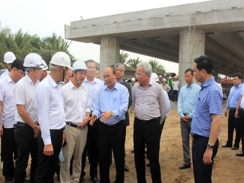 Thủ tướng kiểm tra dự án cao tốc Trung Lương - Mỹ Thuận - ảnh 1