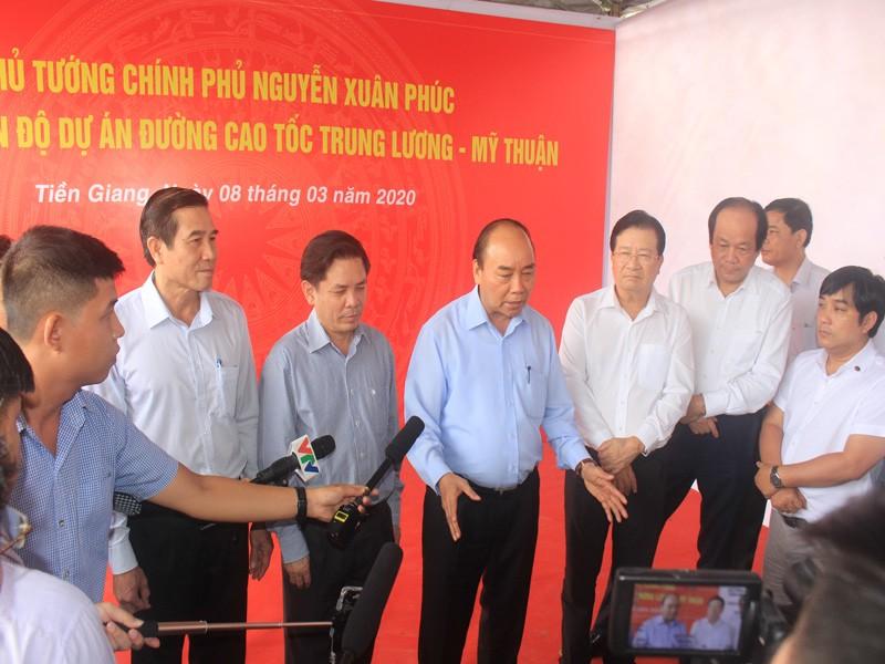 Thủ tướng kiểm tra dự án cao tốc Trung Lương - Mỹ Thuận - ảnh 2