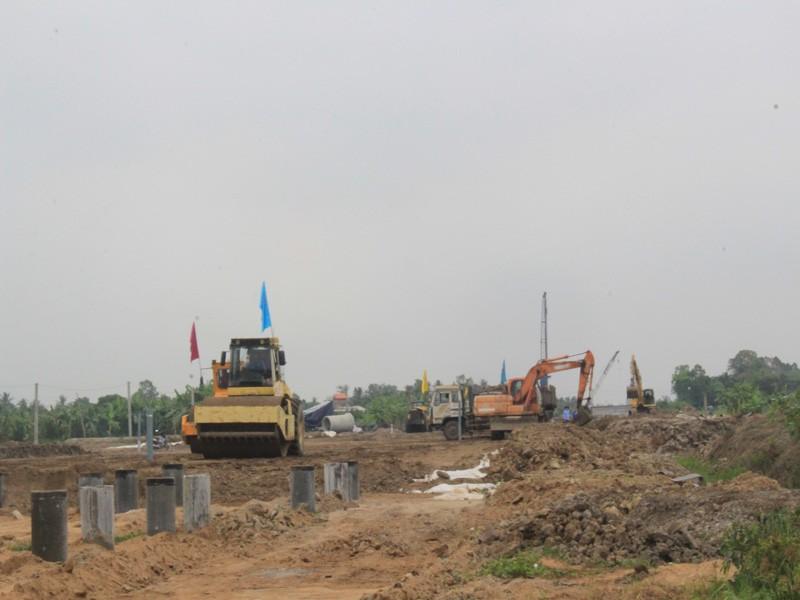 Thủ tướng kiểm tra dự án cao tốc Trung Lương - Mỹ Thuận - ảnh 3