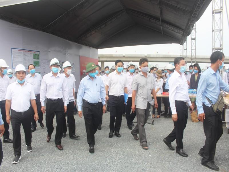 Thủ tướng: Cuối 2020 phải thông cao tốc Trung Lương - Mỹ Thuận - ảnh 2