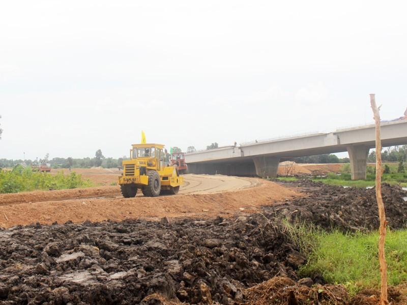 Thủ tướng: Cuối 2020 phải thông cao tốc Trung Lương - Mỹ Thuận - ảnh 3