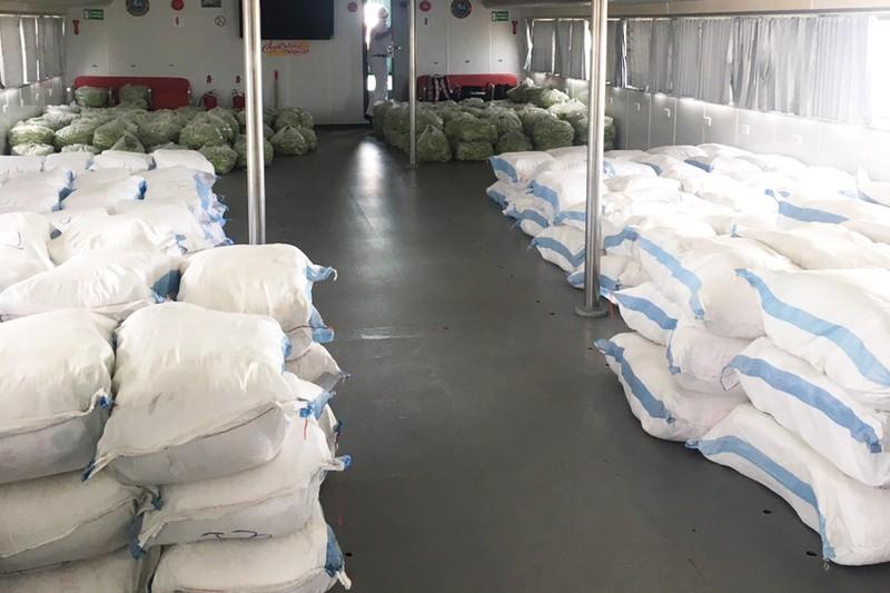 Tàu thủy cao tốc chở hàng chục tấn nông sản từ Tiền Giang lên hỗ trợ TP.HCM  - ảnh 2