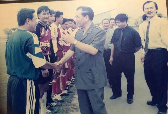 Vĩnh biệt cựu trung phong tài, đức Nguyễn Trung Hậu - ảnh 3