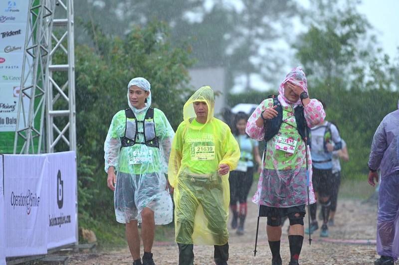 VĐV chạy Marathon quốc tế tại Đà Lạt tử nạn do lũ cuốn - ảnh 1