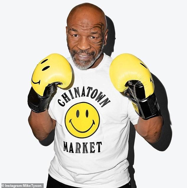 Mike Tyson trở lại đấu Roy Jones vào tháng 9-2020 - ảnh 1