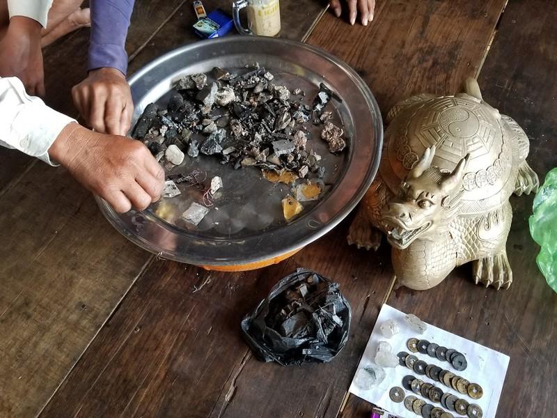 Cà Mau: Nghiên cứu tượng 'long quy' nhặt được dưới biển - ảnh 1